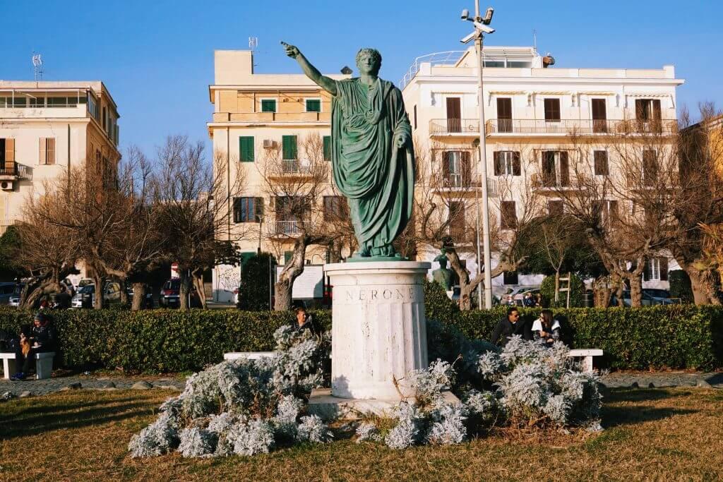 Anzio's emperor Nerone statue