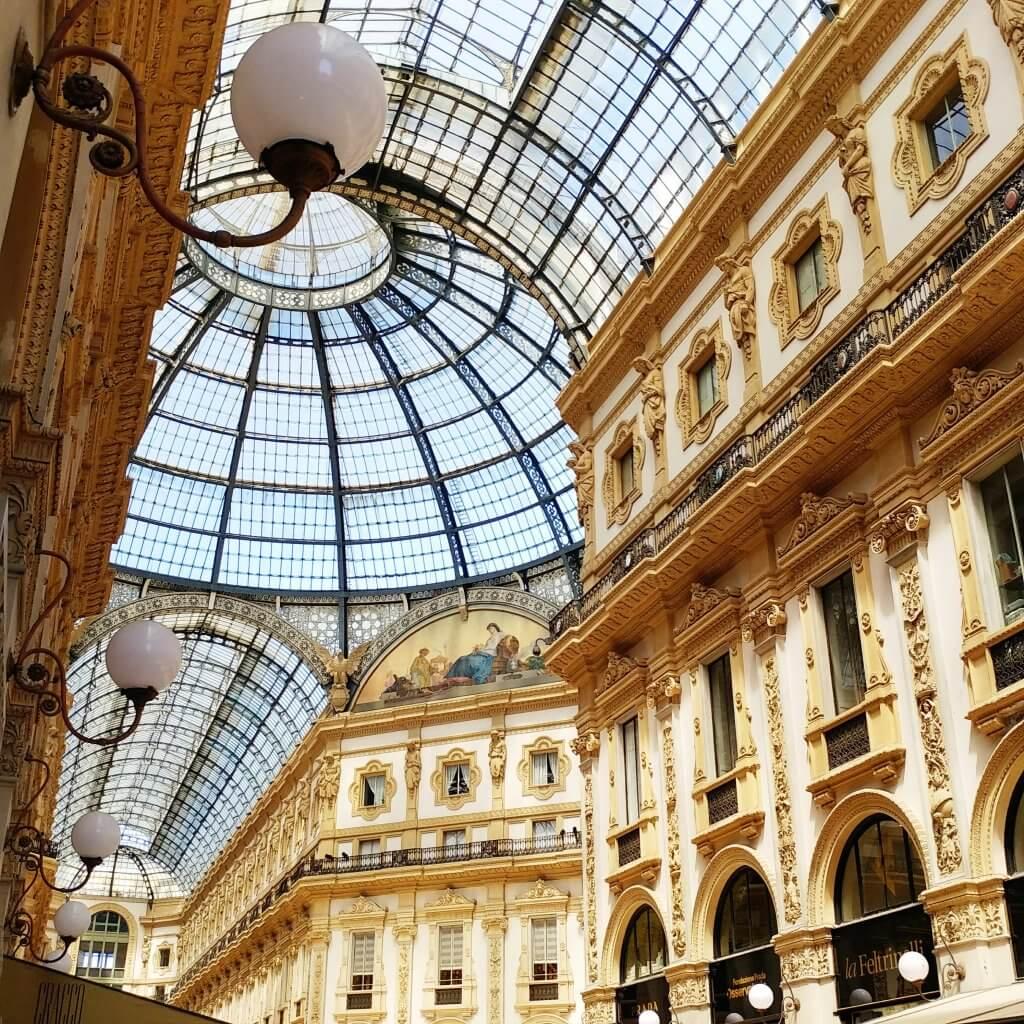 galeria vitorio Emanuele inside