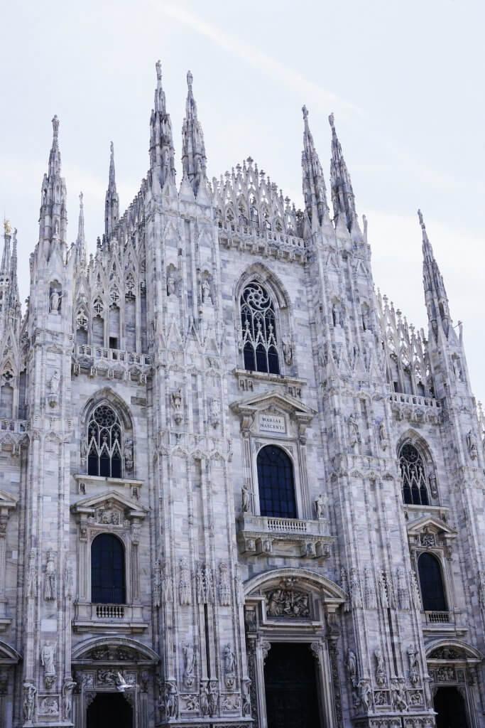 Duomo di Milan Architecture