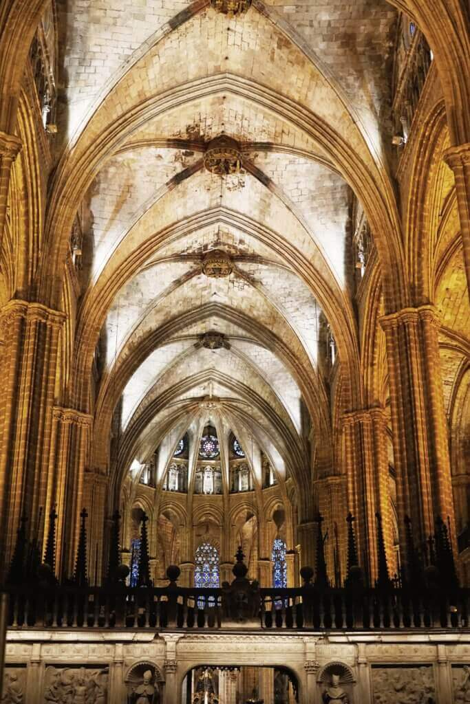 barcelona cathedral inside