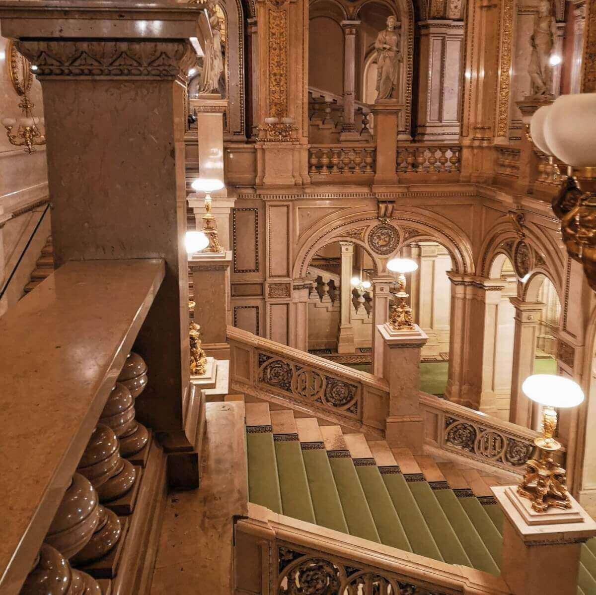 staircase opera vienna