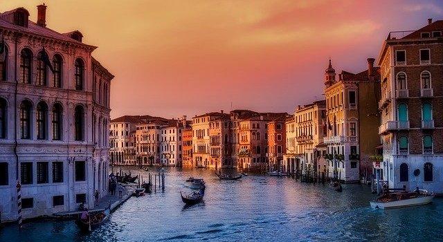 Οι 10 πιο ρομαντικοι προορισμοι στην Ευρωπη για το 2020